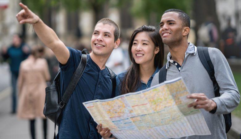 Viajar com amigos